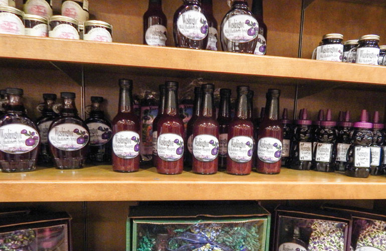huckleberry-syrup-on-shelves