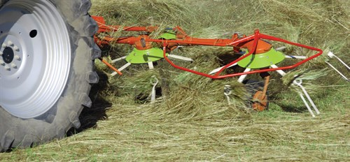 Haymaking 101: Mowing, Tedding, and Raking - Farming Magazine